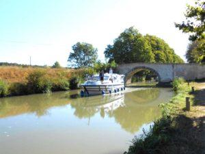 pont-en-pierre-canal-du-midi